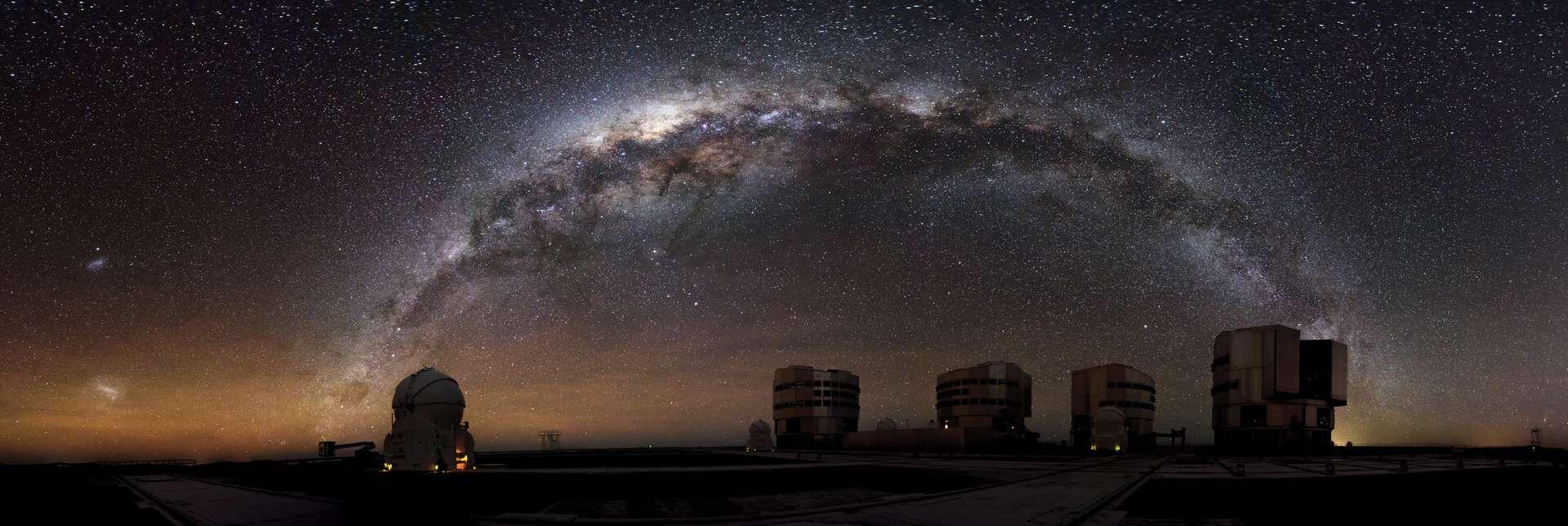 C'est en étudiant d'anciennes données du Dark Energy Survey (DES) -- un programme visant à élucider le mystère de la matière noire -- que des astronomes ont mis la main sur C/2014 UN271.