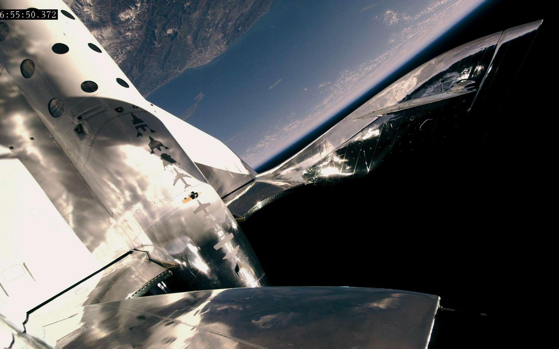 En montant plus haut que le SpaceShipTwo de Virgin Galactic, environ 20 kilomètres de plus, le New Shepard est resté plus longtemps en apesanteur, ce qui n'est pas seulement attrayant pour les passagers.